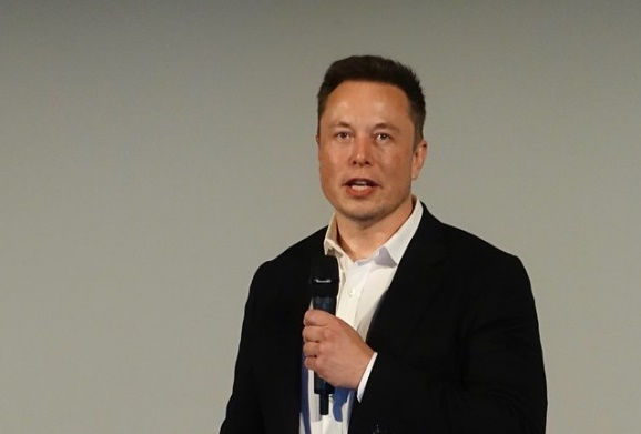 Elonm