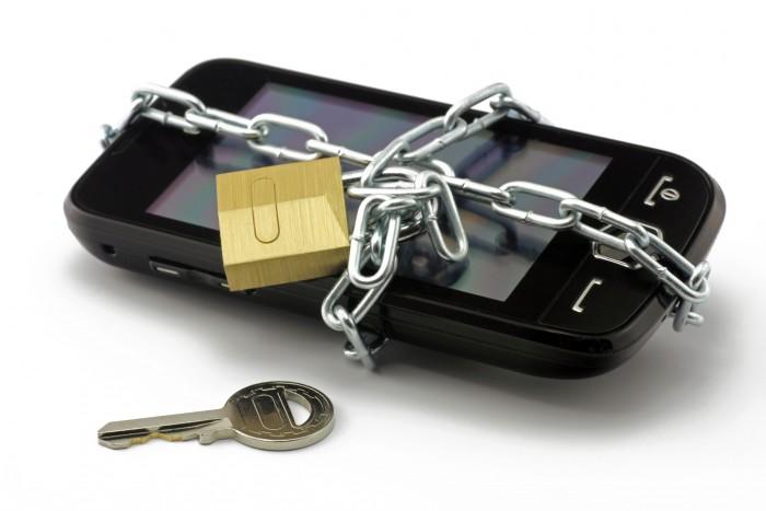 bezpecnost-mobilniho-telefonu-43299509