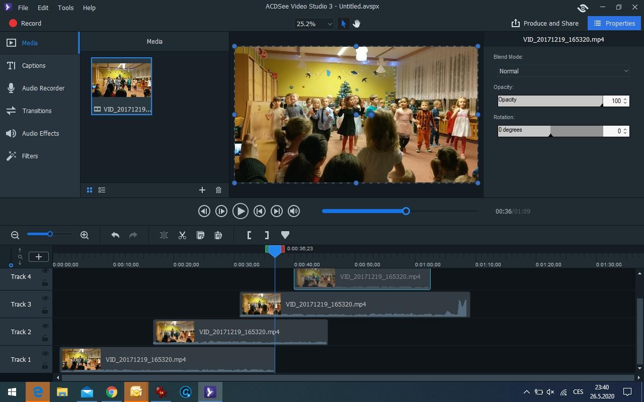Uživatelské rozhraní programu ACDSee Video Studio 3 sice připomíná prostředí (polo)profesionálních videoeditorů, především díky časové ose a náhledu výsledného filmu, ale je do značné míry zjednodušeno, aby se v něm snadněji zorientovali i uživatelé, kteří zatím s videem příliš nepracovali.