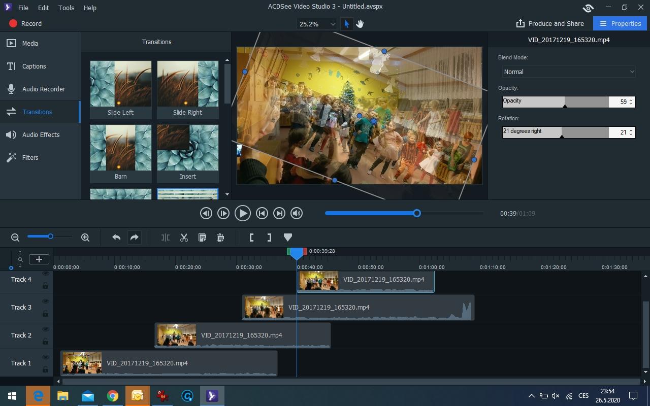 V části »Media« zvolíte obsah (videozáběry, statické snímky nebo zvuky), které pak jednoduše přetáhnete na příslušné místo na časové ose. Zde pak můžete s multimediálním obsahem libovolně pracovat – měnit jeho umístění, stejně jako aplikovat efekty nebo přechody.