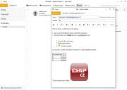 Ve zprávách máte na dosah tlačítka veškeré potřebné funkce pro pohodlné psaní. Kopírování formátů, důležitost, přílohy, formátování textu, zarovnání, pokud je aktivováno, tak také šifrování v podobě malého zámku. Pod tlačítkem »Více« se nachází vkládání tabulek, práce s odkazy, obrázky a dalším množství funkcí. Tyto tlačítka lze jednoduše v nastavení přesunou na viditelný pás, aby byly k dispozici rychleji.