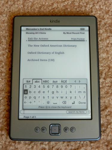 Nový Kindle má jen virtuální klávesnici