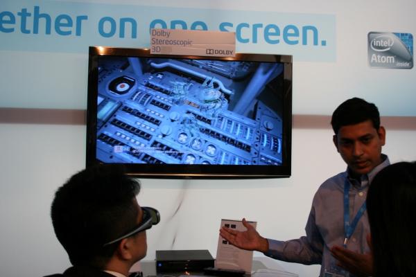 Technologie Dolby Stereoscopic 3D má zajistit příjem 3D vysílání v plném rozlišení. V současnosti lze přes satelit přijímat 3D vysílání pouze v polovičním rozlišení – obraz se dělí pro levé a pravé oko.
