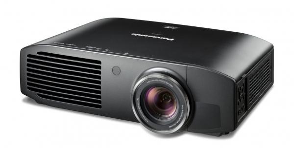 Nový projektor Panasonic pro domácí kina s Full-HD rozlišením a podporou 3D