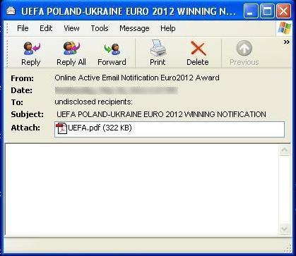 Podvodné e-maily obsahují také přílohu v PDF.