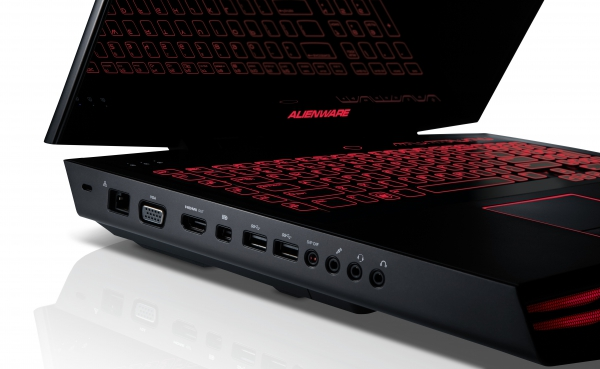 Alienware mM18x - porty