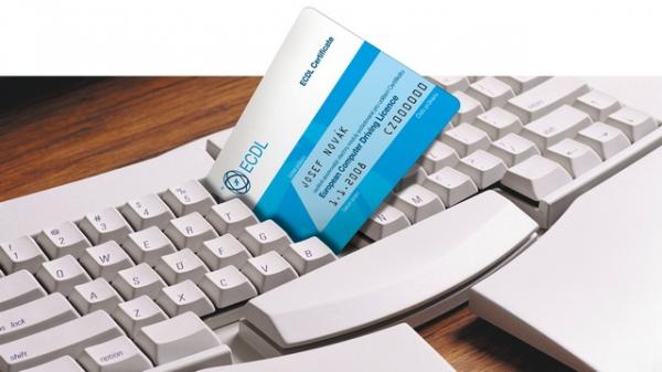 """ECDL bývá často označován také jako """"řidičák na počítač""""."""