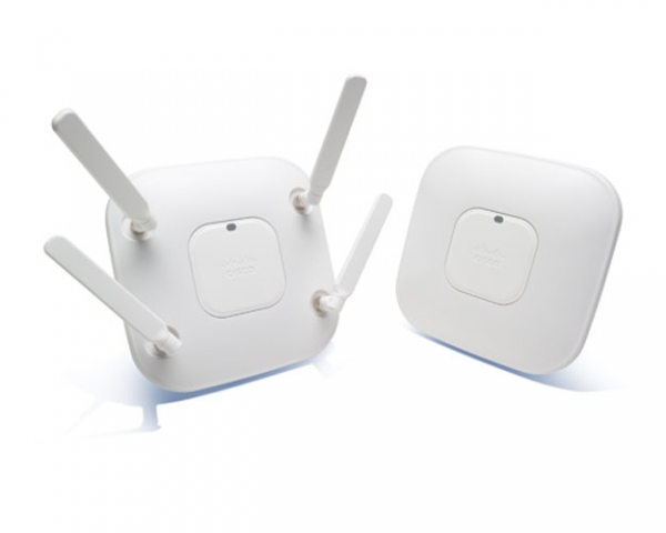 Cisco Aironet 3600 disponuje čtveřicí antén pro zvýšení dosahu a výkonu