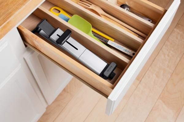 Držák na skříňku Kitchen Cabinet Mount (F5L100cw)