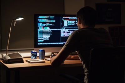 Historyie-malware-ilustracni-1-nahled