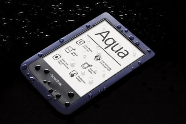 640-aqua-blue-en-front-angle-drop-background-black-photo-v02-nahled