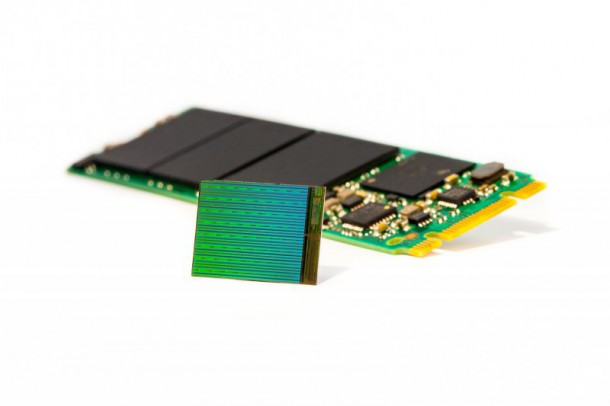 3d-nand-die-with-m2-ssd-nahled