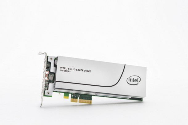intel-ssd-750-series-half-height-half-length-add-in-card-1-nahled