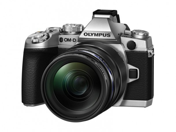 om-d-e-m1-ew-m1240-prf-zd62-silver-black-product-010-nahled